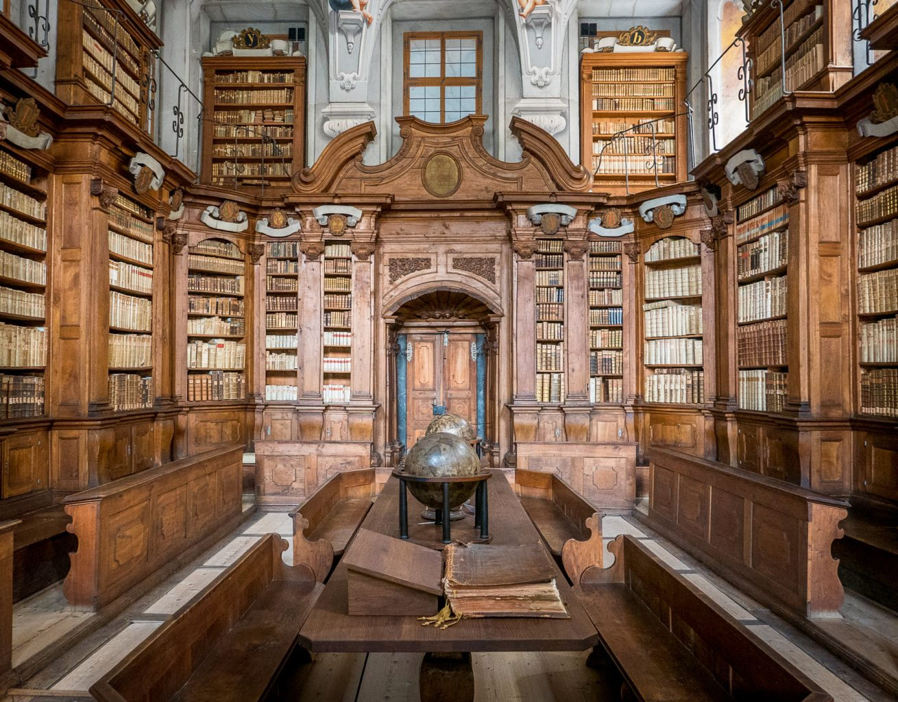 Creating a defining moment on a trip - Seminary Library