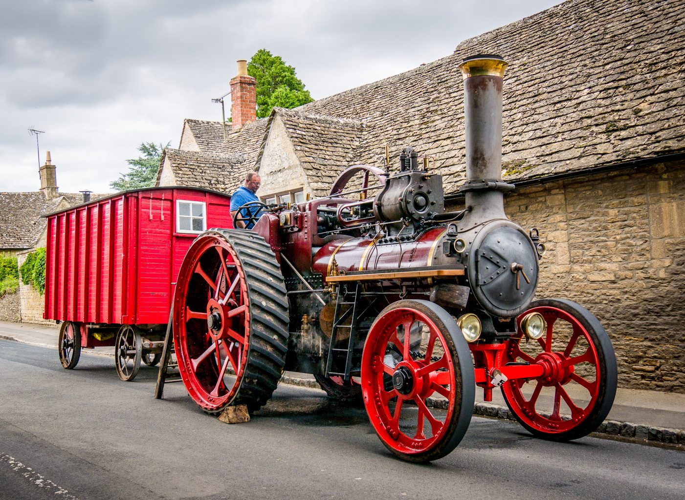 Finding passion - Steam engine and trailer