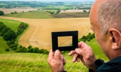 View finder on photo tour