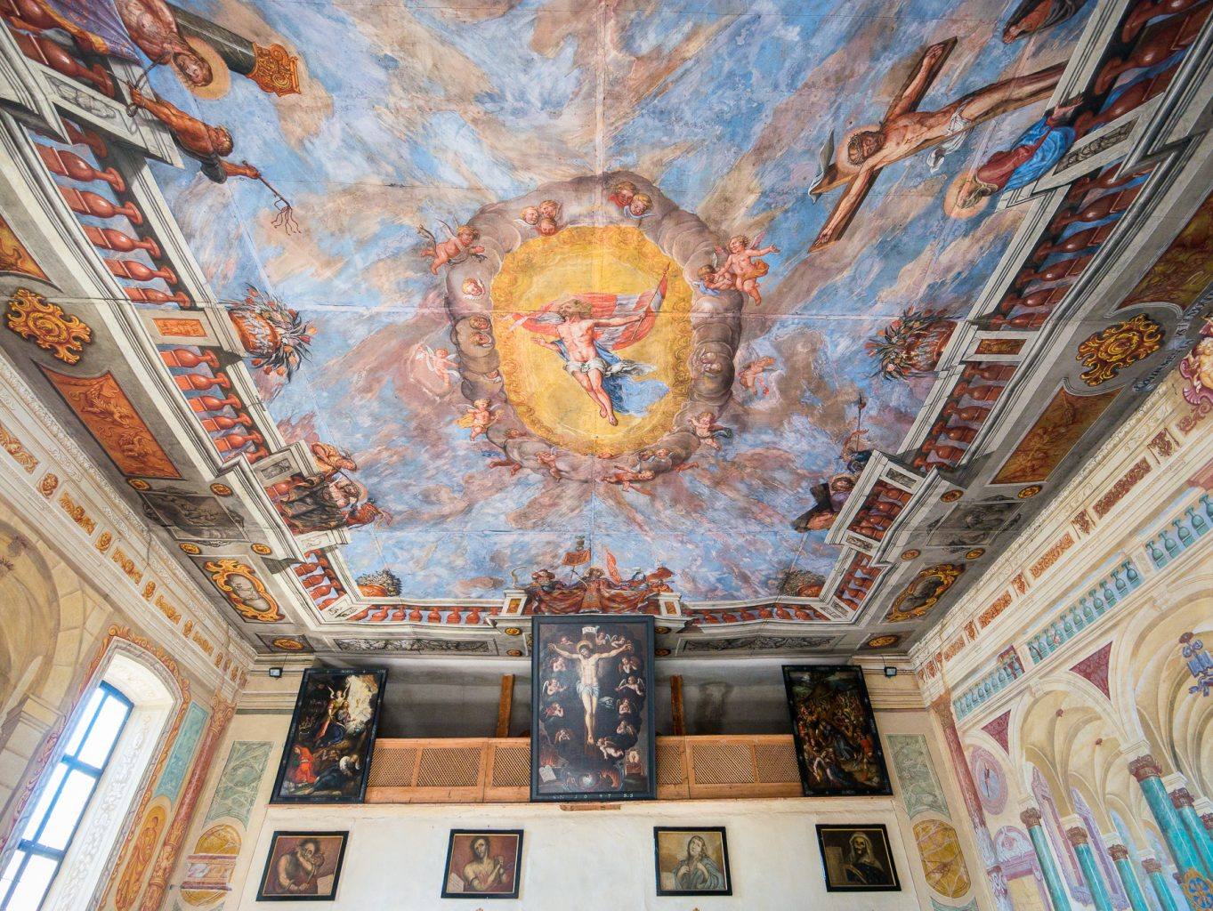 Chiusa, Italy - church ceiling