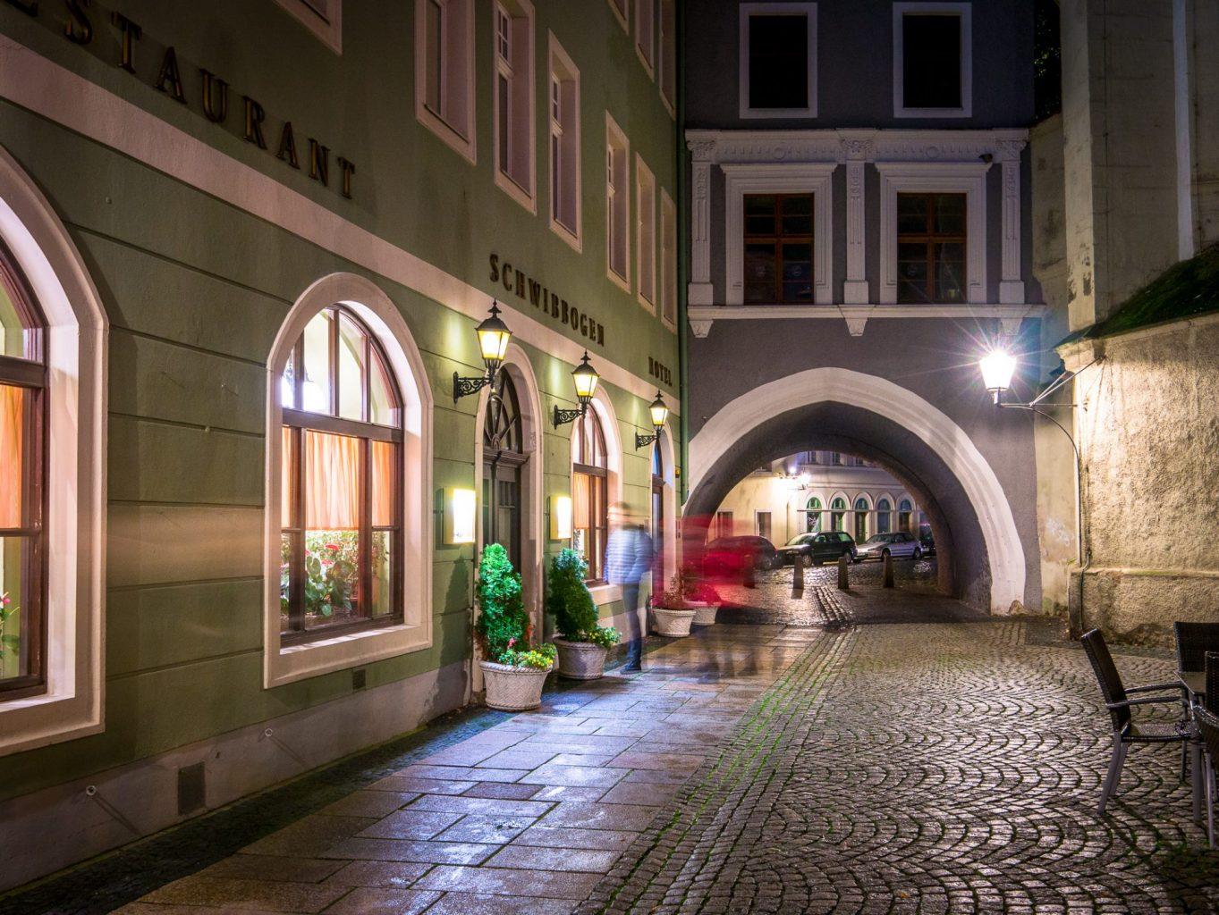 Hotel Schwiboggen at night
